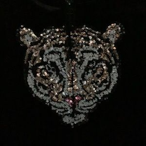 Black velvet hoodie with sequin tiger